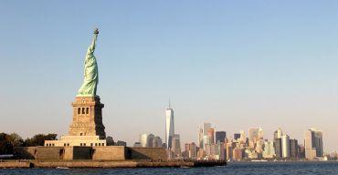 Vijrheidsbeeld, New York