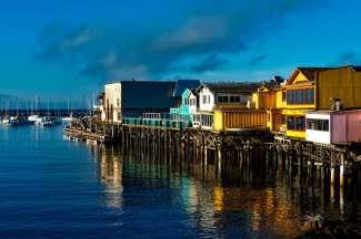 Machen Sie einen Spaziergang am Fisherman´s Wharf in Monterey.