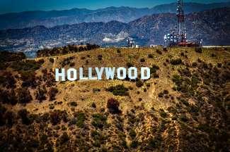Der weltbekannte Hollywood Schriftzug ist 137 Meter lang und 15 Meter hoch.