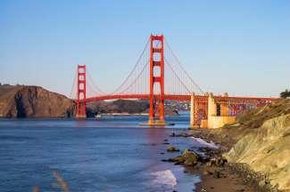 Die weltberühmte Golden Gate Bridge darf bei einem Besuch in San Francisco nicht fehlen.