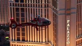 Buchen Sie einen Helikopterflug und schauen sich den berühmten Strip von oben an.