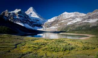 Mount Assiniboine Provincial Park - Lake Magog