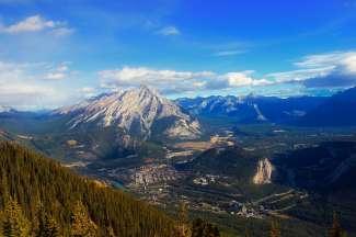 Banff ist die höchstgelegene Stadt in Kanada.