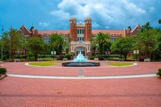 Die Florida State University gibt es bereits seit 1851 und ist mit ungefähr 40.000 Studierenden eine der größten Partneruniversitäten der USA.