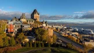 Die bekannte Skyline mit Blick auf die Altstadt von Quebec.